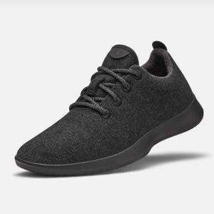ALL BIRDS Men's Wool Runner Black Sole Sneaker